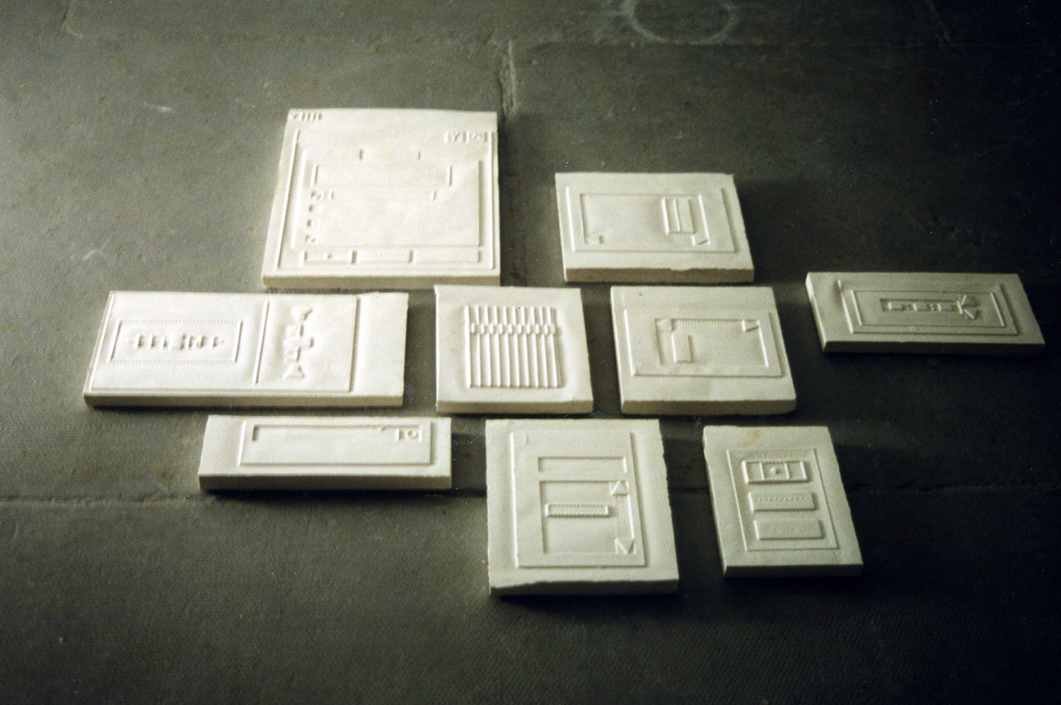 untitled brail for windows 2000  ︱  plaster  ︱  dimensions variable